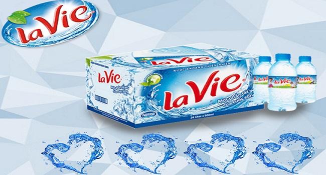 Thùng nước Lavie 350ml giá bao nhiêu tiền?