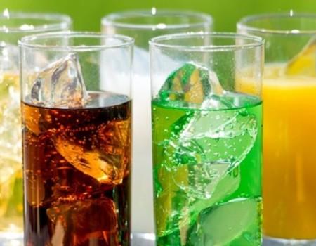Những loại nước không nên uống vào ngày nóng