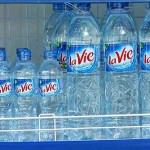 Mua nước uống đóng chai ở đâu đảm bảo chất lượng?